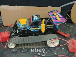Radio Shack Vintage Wild Cougar RC Car in original Box extra battery and charger